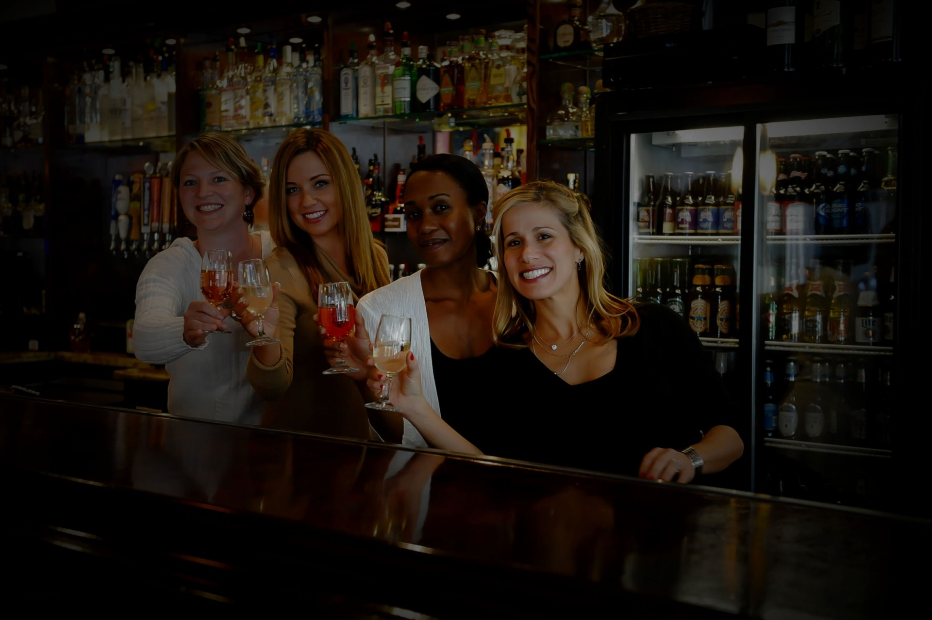 bartenders at new orleans bar voodoo two lounge